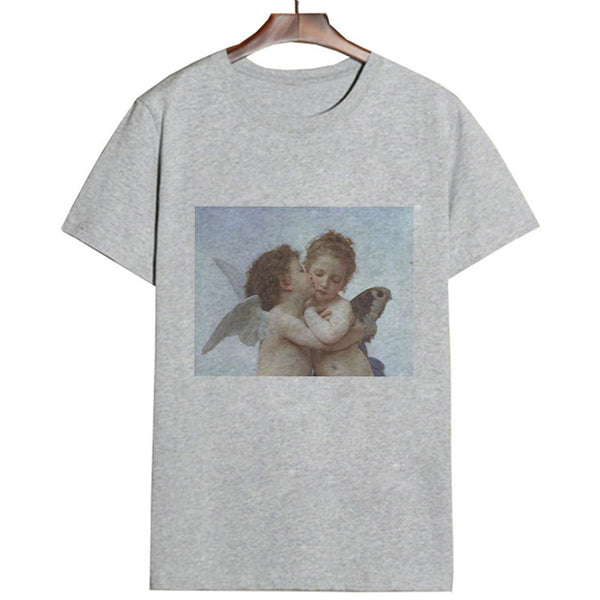 Angel kisses Tee