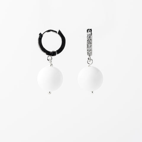 WHITE JADE EARRINGS SILVER ZIRCONIA