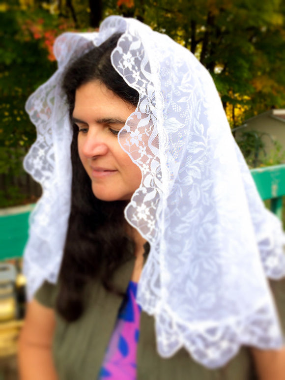 White Mantilla, White Catholic Veil, Church Chapel Veil, Latin Mass Veil, Ladies Veil for Mass, Catholic Gift Wife, Catholic Veils, Mantilla by BenedictaVeils - BenedictaVeils