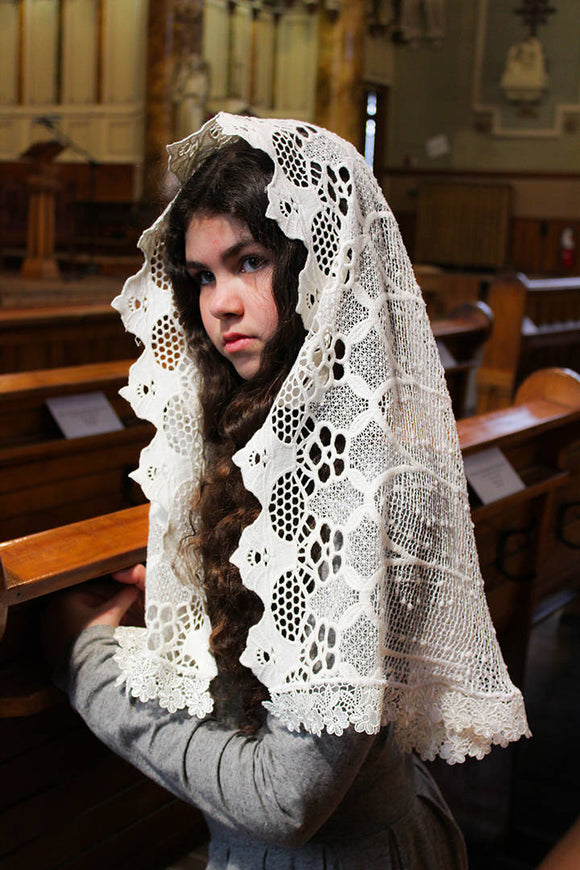 Ivory Chapel Veil, Ivory Catholic Mantilla, Mantilla Wrap, Veil for Mass, Sunday Mass Veil, Catholic Gift Her, Mantilla Veil,Veil for Church by BenedictaVeils - BenedictaVeils