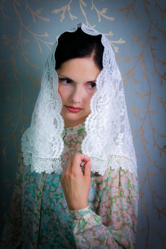 Light Ivory Classic Mantilla for Church, Catholic Veil by BenedictaBoutique - benedictaveils