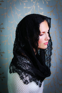 Black Mantilla Infinity Veil, Catholic Chapel Veil for Church by BenedictaBoutique - benedictaveils