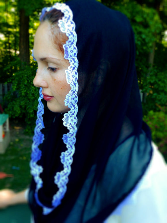 Black Catholic Chapel Veil, Mantilla Veil, Church Mass Veil by BenedictaVeils - BenedictaVeils