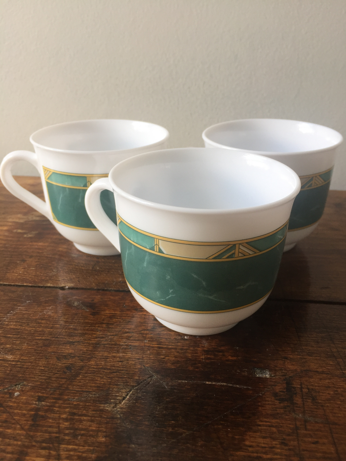 Arcopal Cortina white and green cups