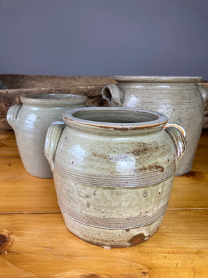 Stone coloured confit pot