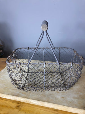 Small wire egg basket