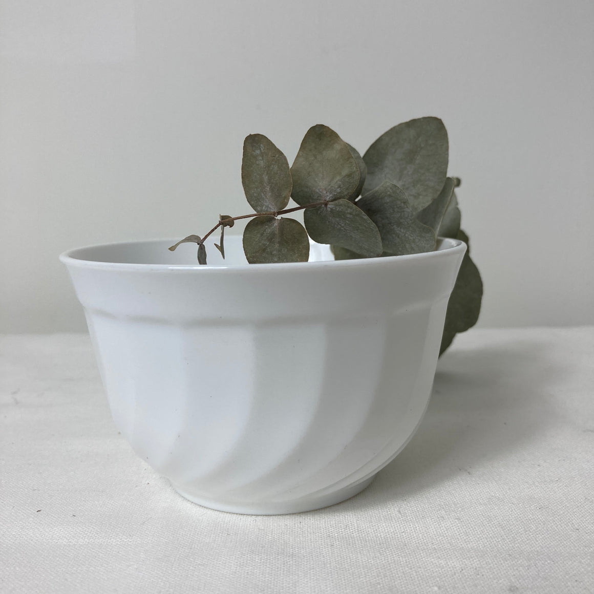 Arcopal France white sugar bowl