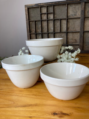 Set of three Mason Cash mixing bowls