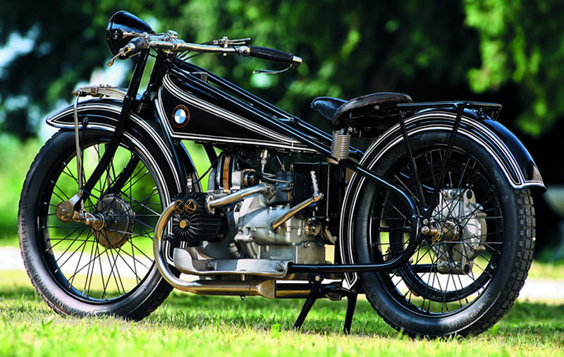 BMW r32 motorcycle