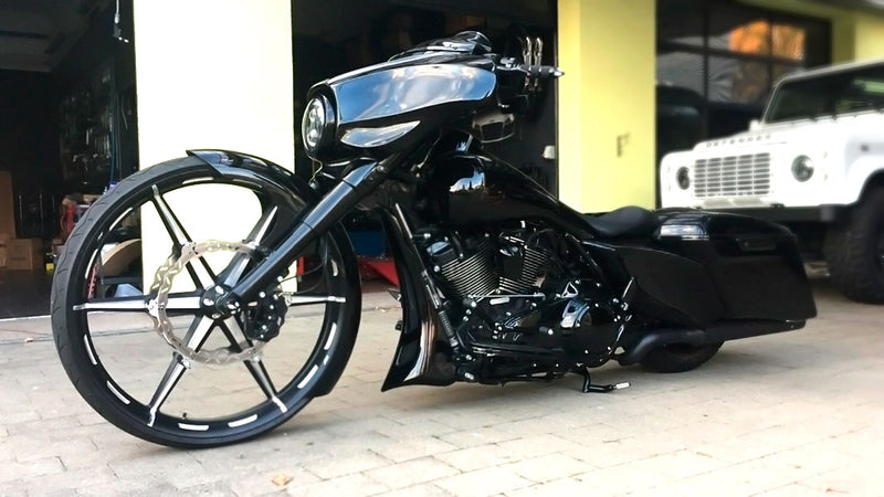 products/BitCars-Harley-Davidson-Street-Glide-FLHXS-124CUI-3-with-Bitcoin.jpg