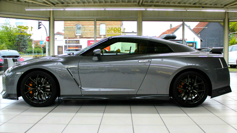products/BitCars-Nissan-GT-R-Grey-2-with-bitcoin.jpg