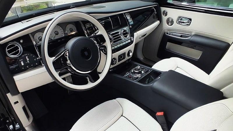 products/BitCars-Rolls-Royce-Ghost-Black-278284040-3-bitcoin.jpg