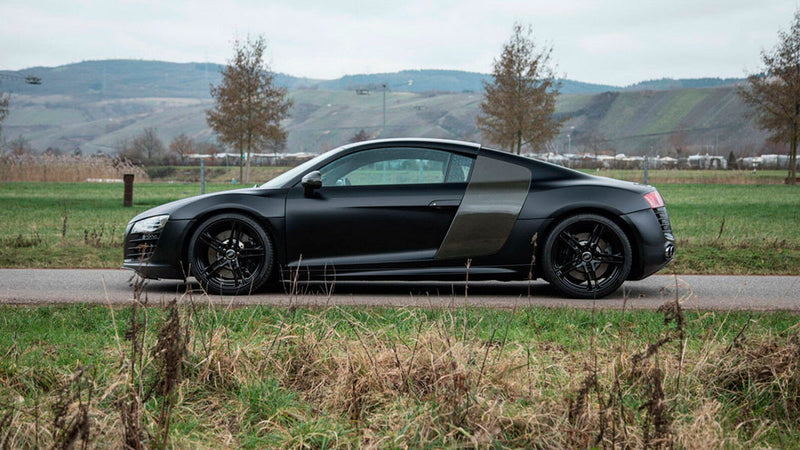 products/BitCars-audi-r8-coupe-4-2-fsi-quattro-side-buy-with-bitcoin.jpg
