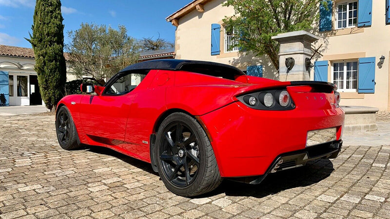 products/BitCars-tesla-roadster-sport-r80-1-with-bitcoin.jpg