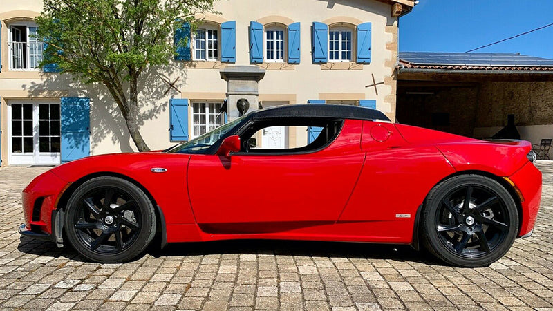 products/BitCars-tesla-roadster-sport-r80-with-bitcoin.jpg