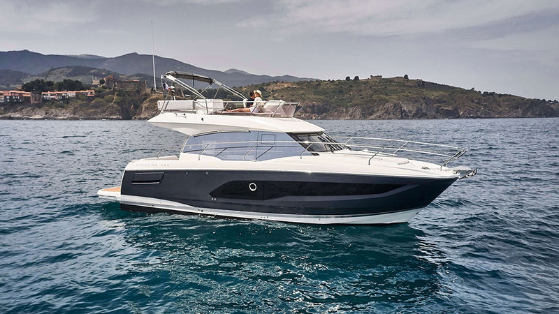 products/BitCars-yacht-prestige-420-flybridge-buy-with-bitcoin.jpg