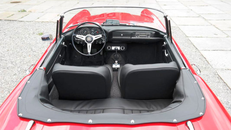 products/MyLambos-Alfa-Romeo-2600-Spider-interior-3-bitcoin.jpg