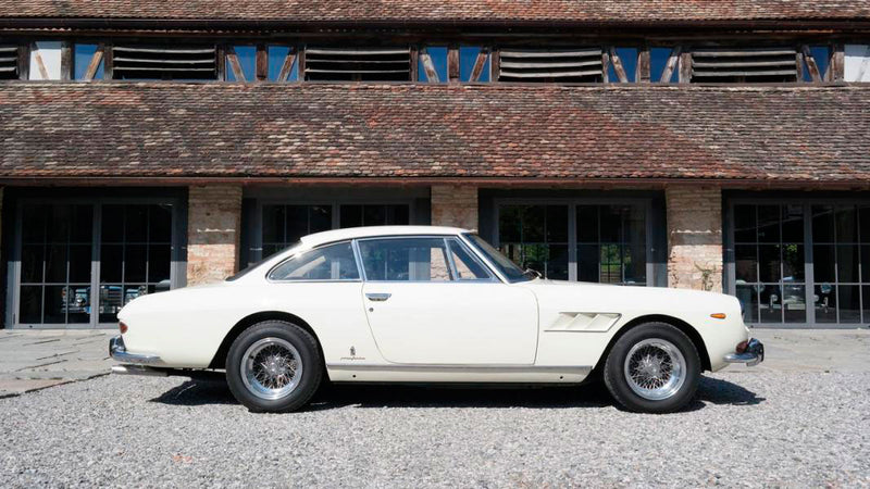 products/MyLambos-Ferrari-330-GT-2_2-Serie-II-side-2-bitcoin.jpg