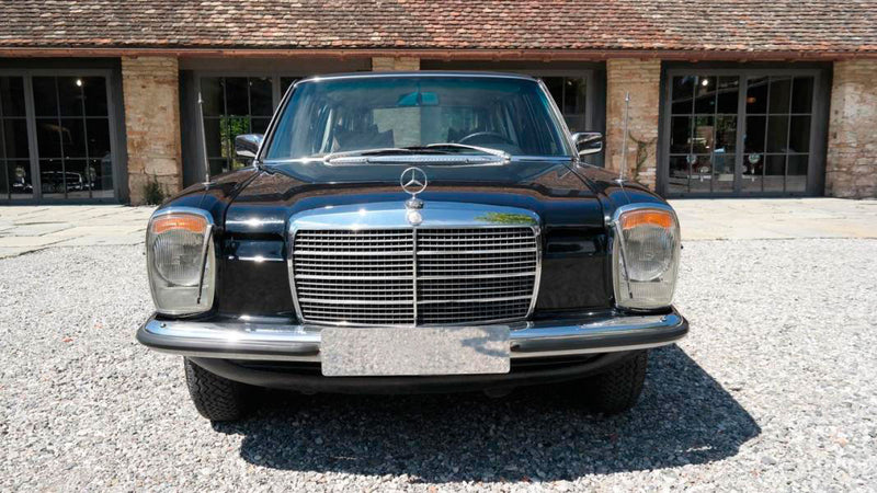 products/MyLambos-Mercedes-Benz-230C-Pullman-front-bitcoin.jpg