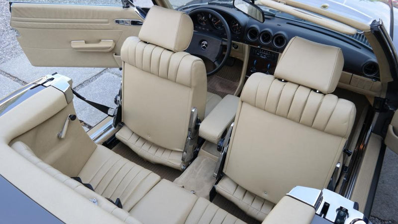products/MyLambos-Mercedes-Benz-280-SL-interior-4-bitcoin.jpg
