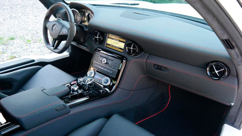 products/MyLambos-Mercedes-Benz-SLS-AMG-GT-interior-bitcoin.jpg