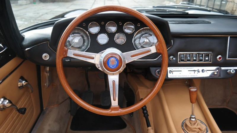 products/MyLambos-Mistral-Spyder-4000-interior-2-bitcoin.jpg