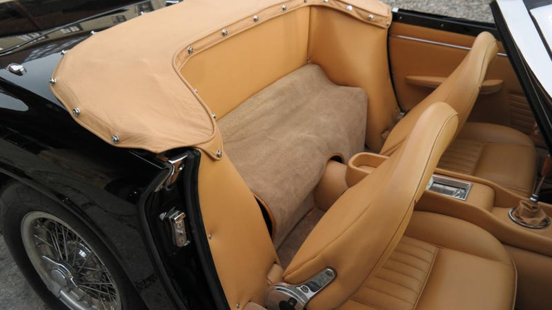 products/MyLambos-Mistral-Spyder-4000-interior-4-bitcoin.jpg