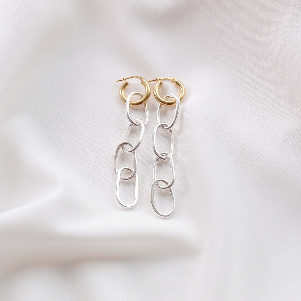 TYCHE (GOLD HOOPS)