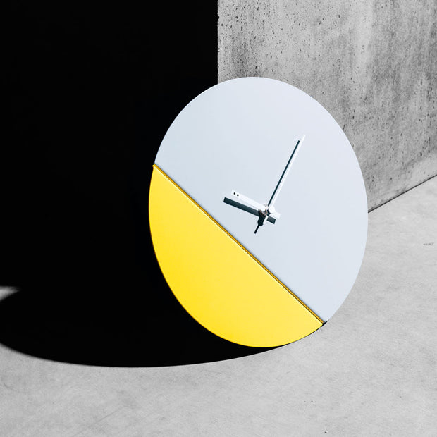 TOO tone clock - Cement & Lemon