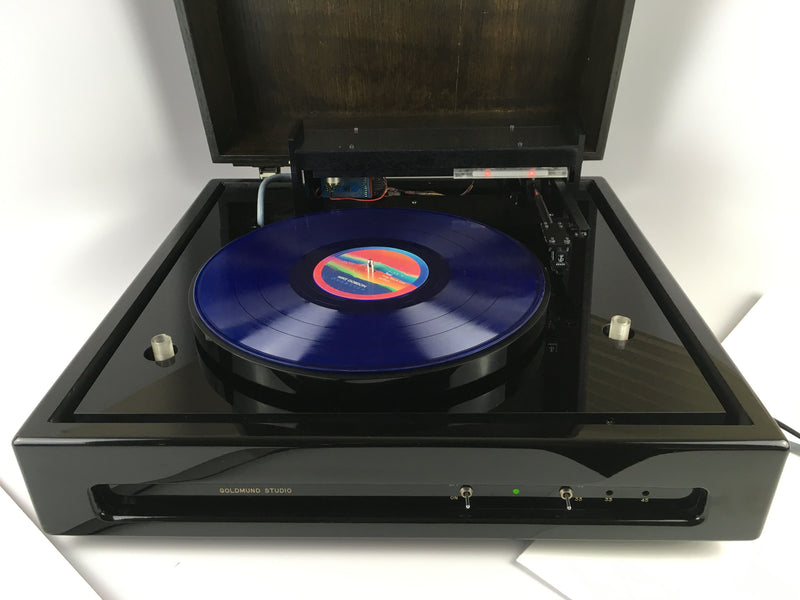 Goldmund Studio Linear Tracking Turntable with T3F PL8 Controller