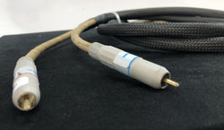 MIT (Music Interface Technologies) MI-330 RCA Cable - 1 Meter (1 of 2)