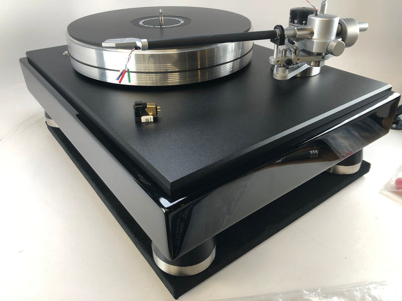 VPI Classic 3 Turntable - With JWM Memorial Arm And NEW VPI/Grado Gold Cartridge