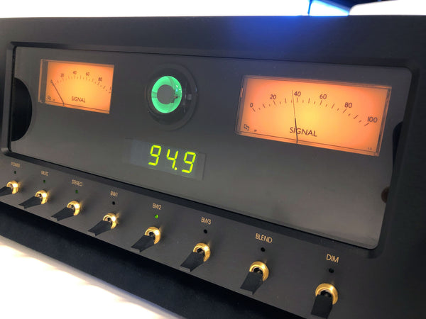 Magnum Dynalab MD-108T FM Tuner with Magic Eye