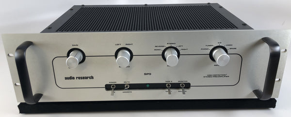 Audio Research SP9 Tube / Solid State Hybrid Preamp with Phono Input
