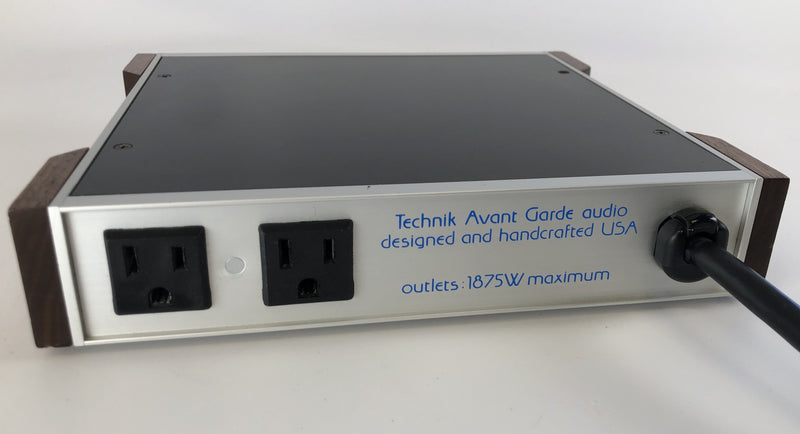 TAG (Technik Avant Garde) Audio Powerline Purifier - Silver Chassis (1 of 2)