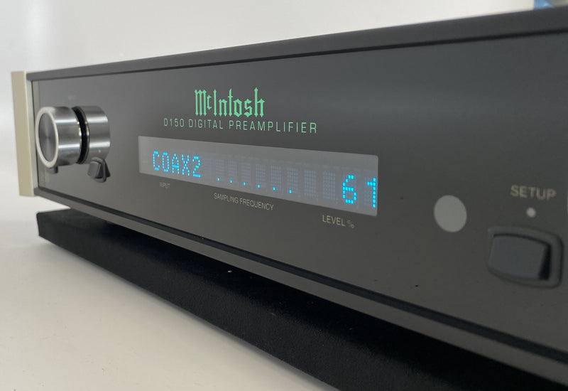 McIntosh D-150 Digital Preamplifier and DAC - Like New and Complete