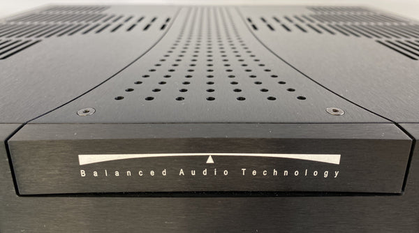 BAT (Balanced Audio Technology) VK-P12 - All Tube Balanced Phono Preamp - Like New and Complete
