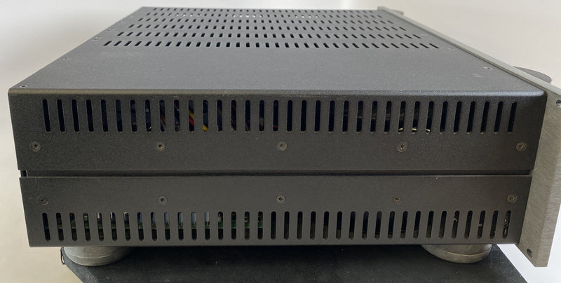 Krell KAV-500 Multichannel Theater Amplifier