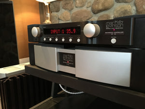 Mark Levinson No.32 Flagship Preamp with Phono