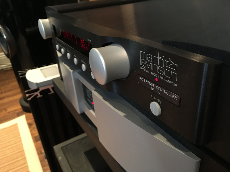 Mark Levinson No 32 Flagship Preamp with Phono – SkyFi Audio