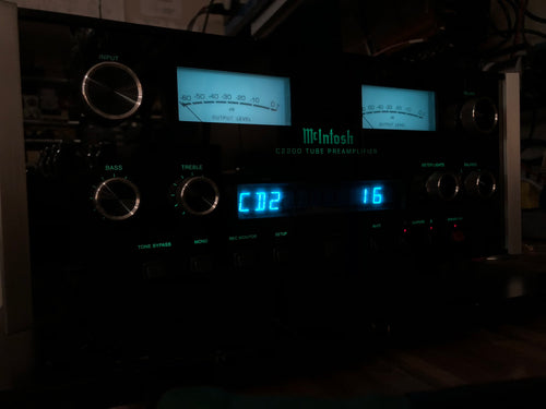 McIntosh C-2200 Tube Preamp, All Analogue for Purists