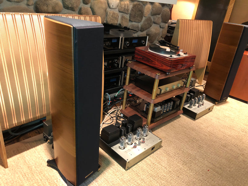 Sonus Faber Grand Piano Domus - Our Best Looking Speakers!