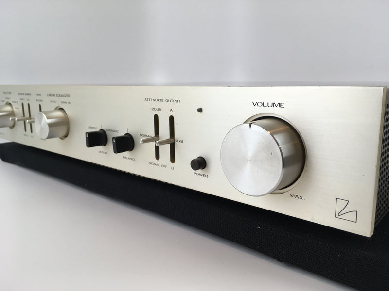 Luxman CL-32 Tube Preamp with 2 Phono Inputs