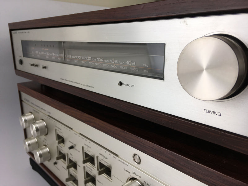 Luxman L-580 Integrated Amplifier and T-400 Tuner
