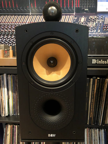 B&W (Bowers & Wilkins) Nautilus 805 with Matching Stands