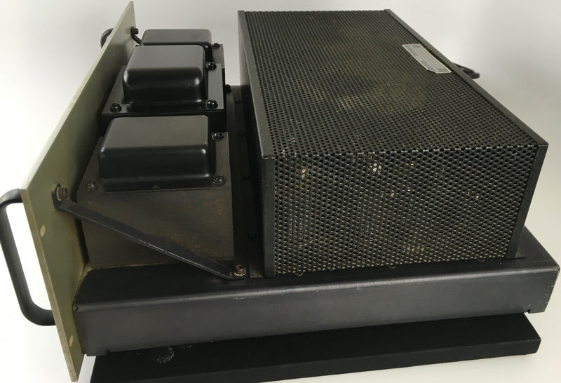 Audio Research D-115 Tube Amplifier - Silver Faceplate