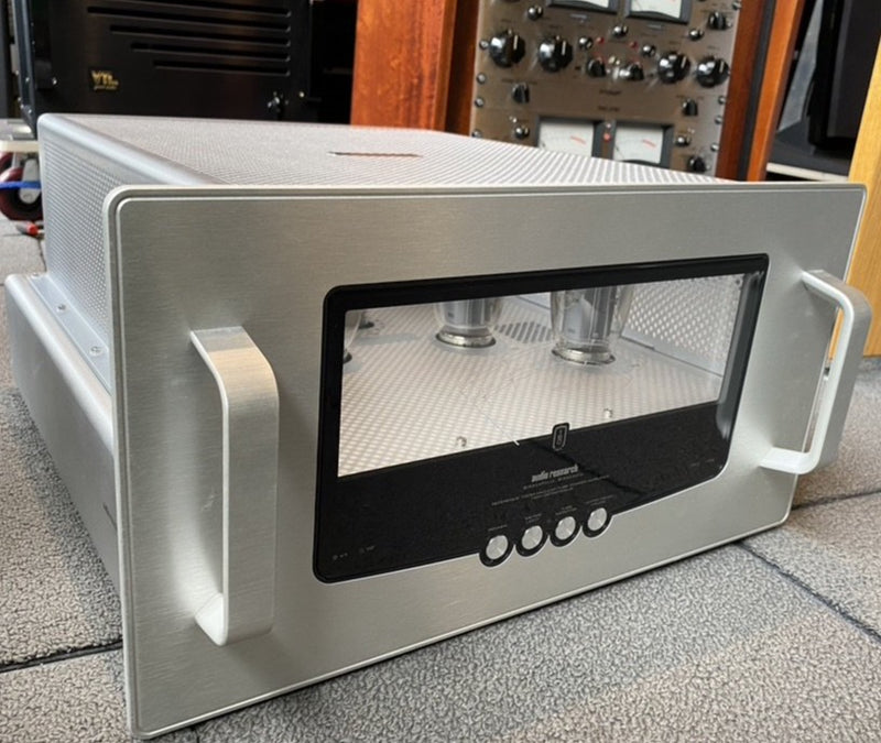 Audio Research Reference 160 M - Most Beautiful Amplifier Ever Made