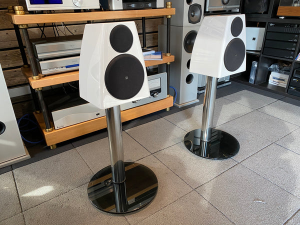Meridian DSP3200 Digital Active Powered Speakers, With Stands, Current Model