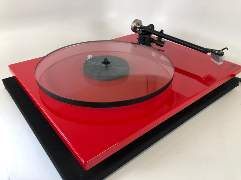Rega Planar 3 (P3) Turntable with New Sumiko Amethyst Cartridge