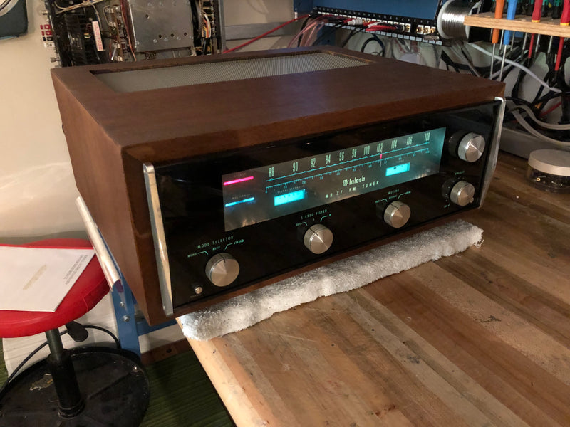 McIntosh MR77 Vintage FM Tuner in Wood Cabinet - WOW
